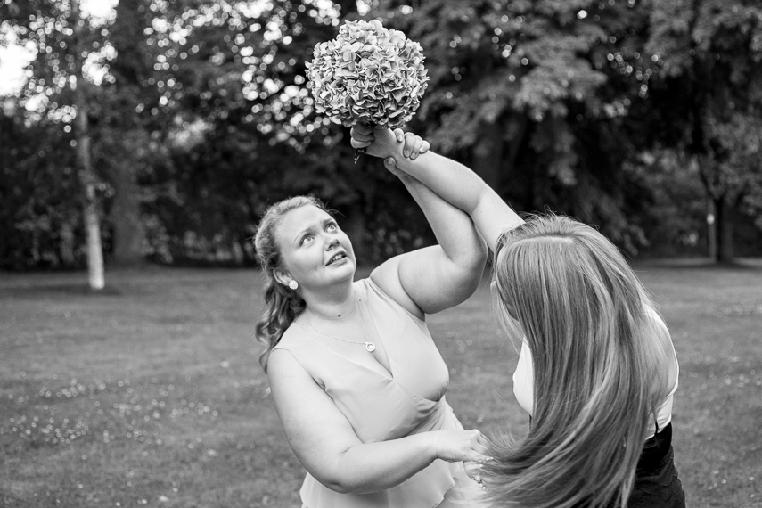 female wedding photographer in London